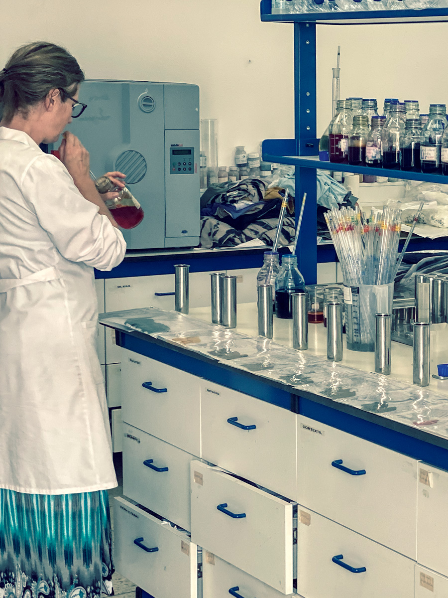 Dye Laboratory